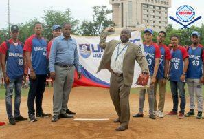 Inauguran torneo de béisbol juvenil y clase A del Distrito Nacional