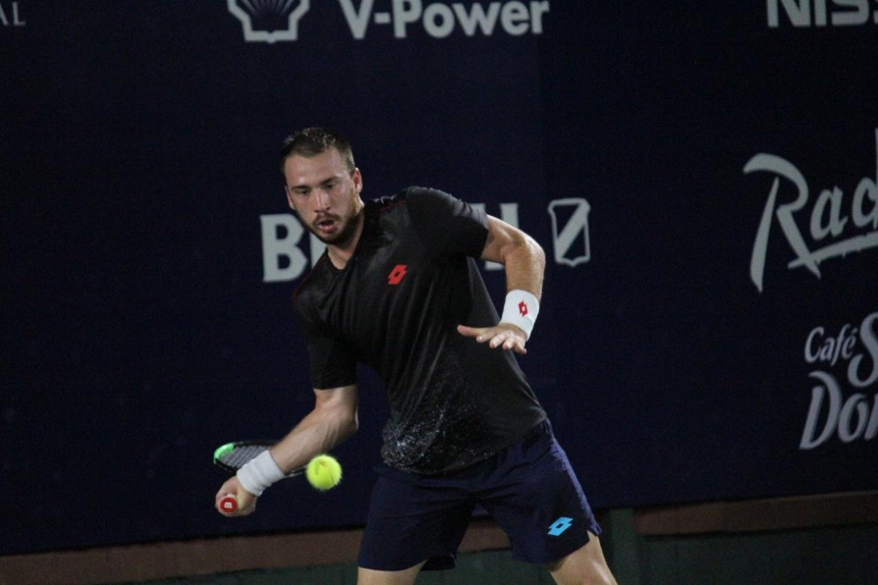 Serbio Krstin derrotó al dominicano Cid en primera ronda del Santo Domingo Open