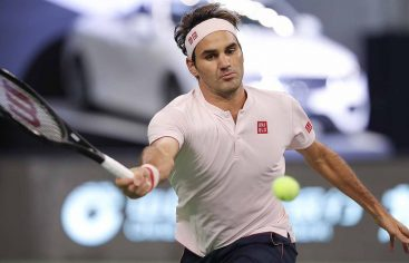 Federer y Djokovic volvieron a ganar en el Masters de Shanghai