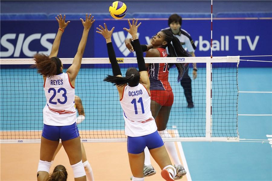Sexteto femenino barre a Puerto Rico en Mundial Voleibol Japón