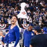 Con sencillo de Cody Bellinger, Dodgers dejó tendido a Cerveceros en 13 entradas