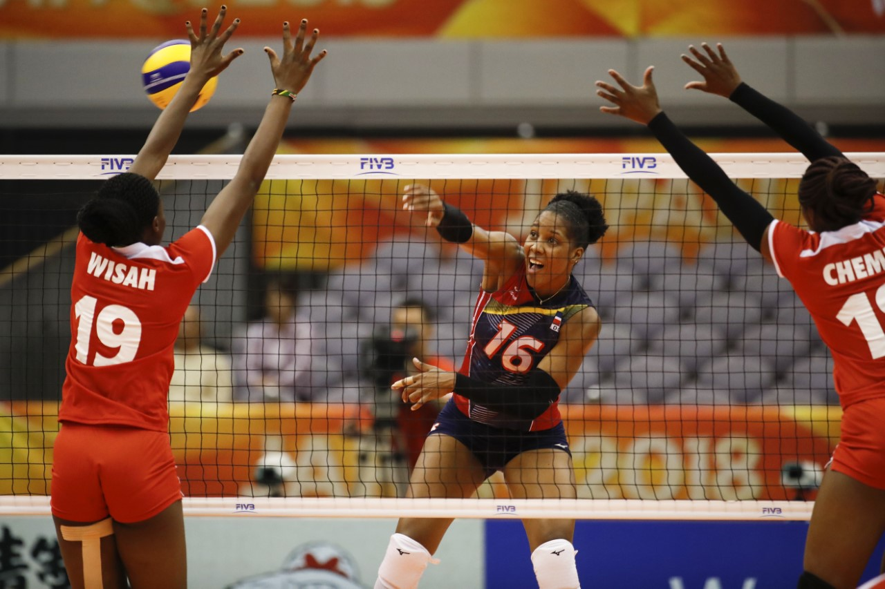 Equipo voleibol avanza segunda ronda con triunfo ante Kenia