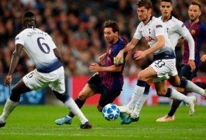 Messi y Neymar encabezan triunfos de Barcelona y PSG en la Champions