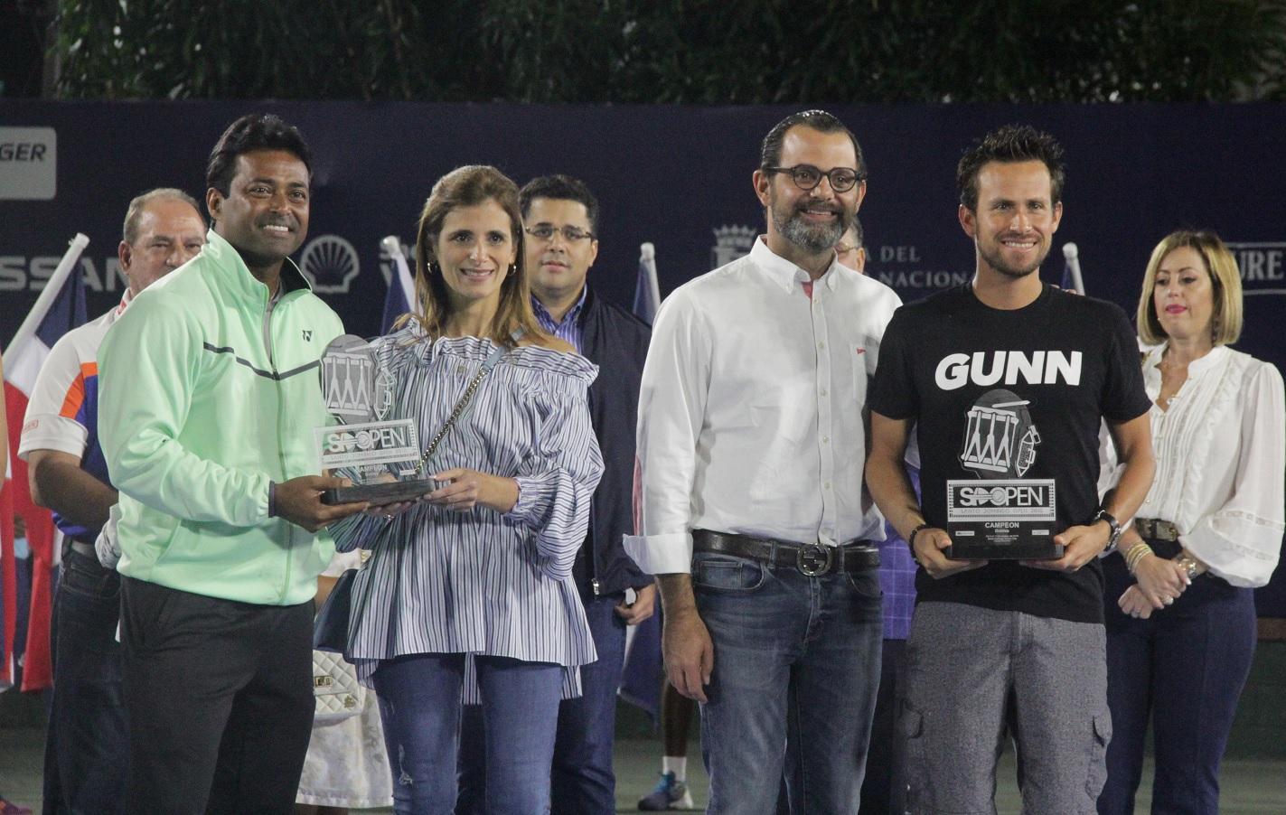 Garín se coronó campeón de sencillos en el Santo Domingo Open