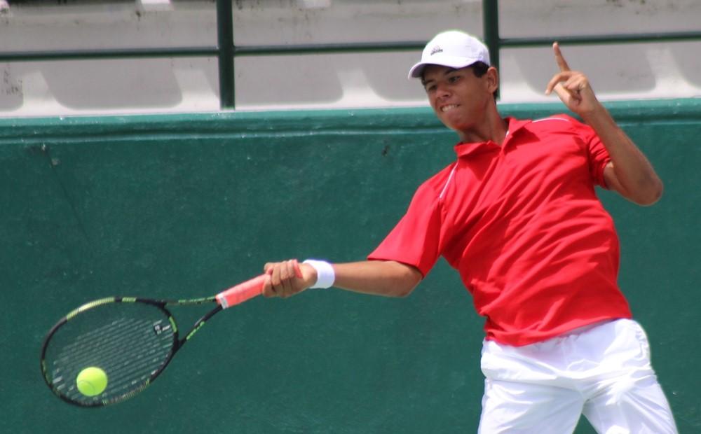 Nick Hardt debuta con victoria en Mundial Juvenil de Tenis