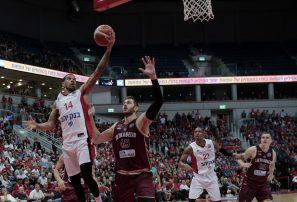James Feldeine muestra su brillo en el baloncesto israelí