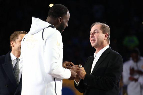 Joe Lacob: Warriors no han elegido bando entre Green y Durant
