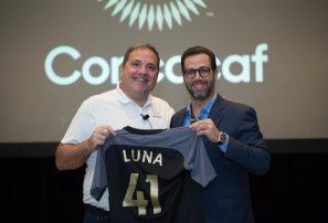 Manuel Luna recibe planes de desarrollo de la Concacaf