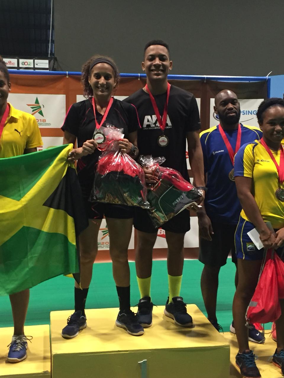 Brito y Polanco el oro en dobles mixtos en Bádminton Suriname