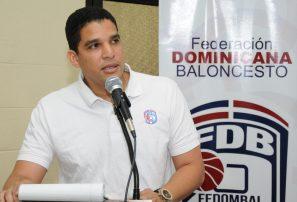 Rafael Uribe viaja a Miami a reunión de FIBA en América