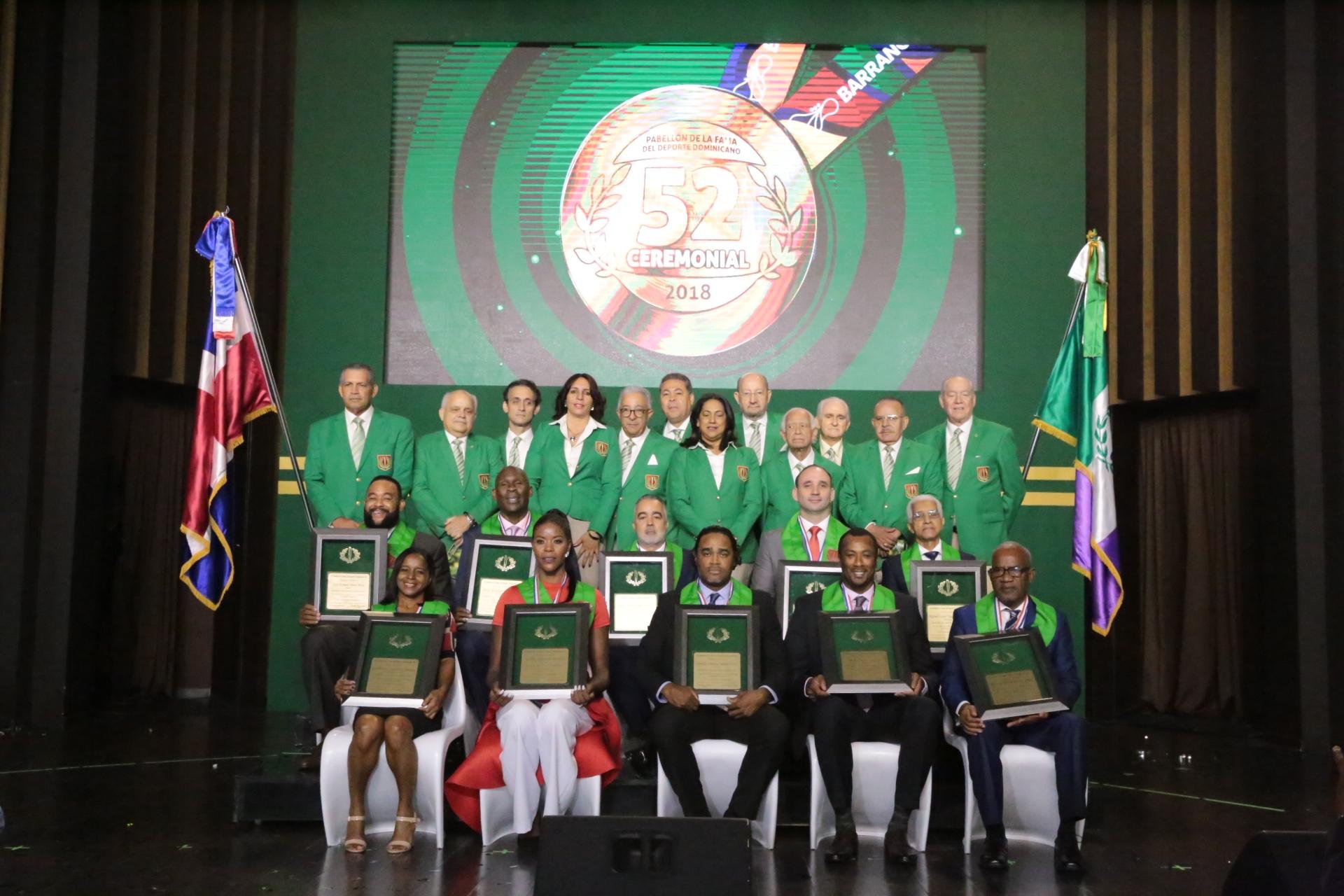 Pabellón de la Fama eterniza  a sushéroes del deporte Dominicano