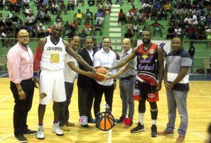 Madre Vieja y Los Buitres consiguen victorias en Baloncesto Superior de San Cristóbal
