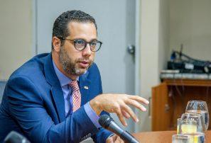 FIFA nombra comité de regularización en Fedofutbol