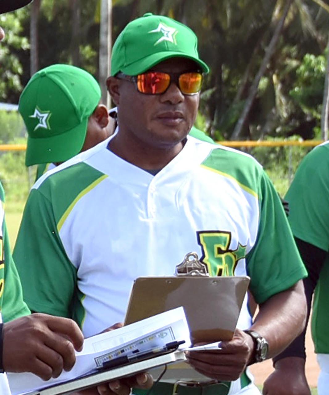 Fallece de un infarto José Mota, coach de las Estrellas Orientales