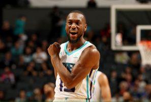Kemba Walker encabeza el triunfo de Charlotte ante Atlanta en la NBA