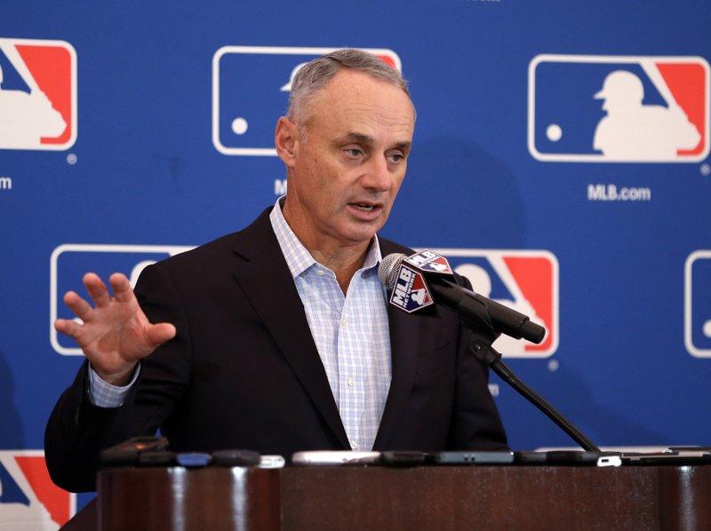 Grandes Ligas permitirán a los equipos suspender o reducir pagos