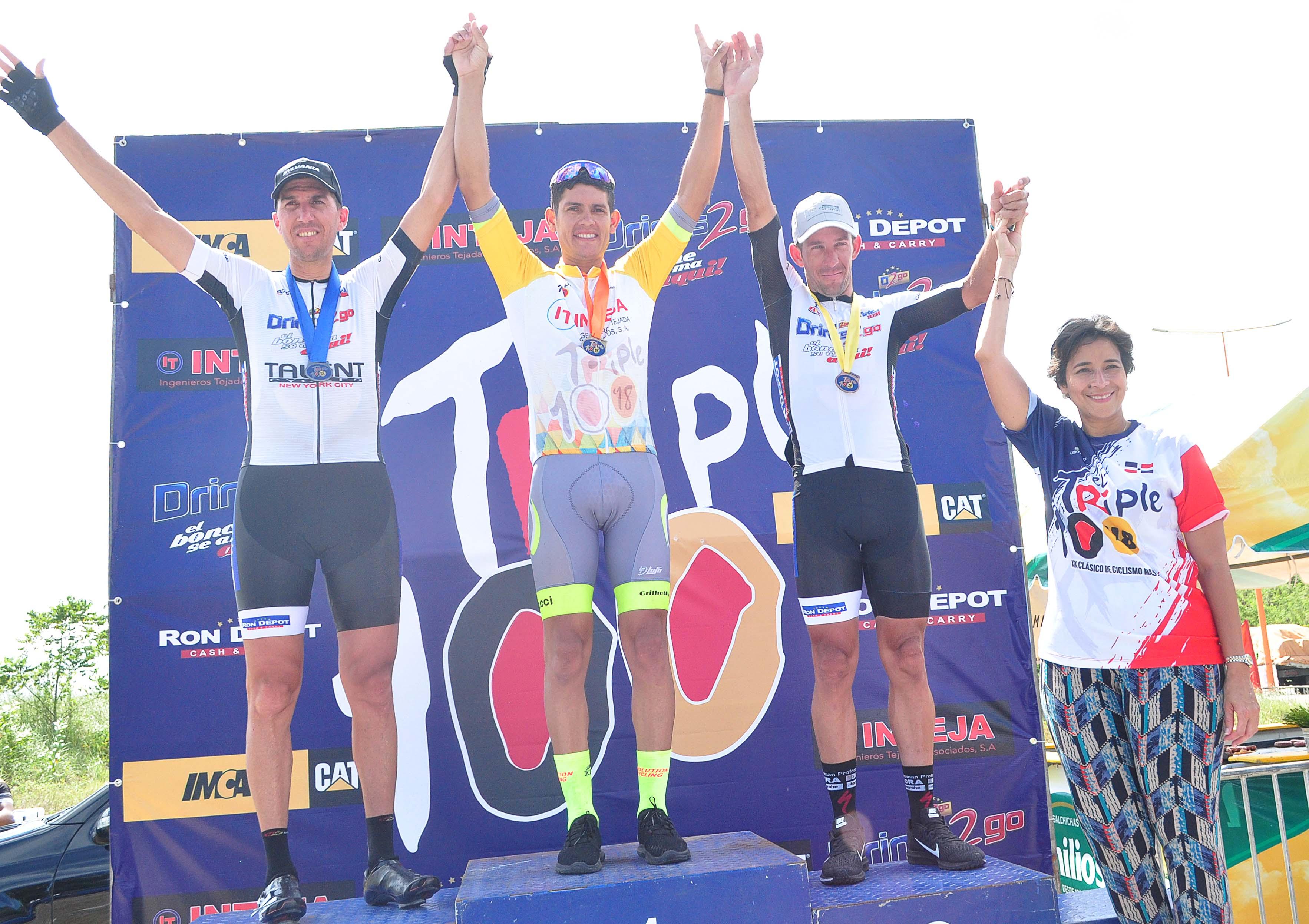 Fredd Matute triunfa en Master A del campeonato de Ciclismo Triple 100