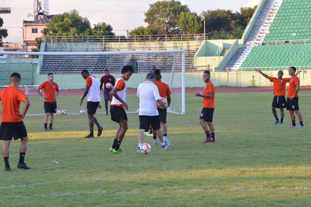 Selección absoluta de fútbol RD busca sueño de estar en la final Copa de Naciones