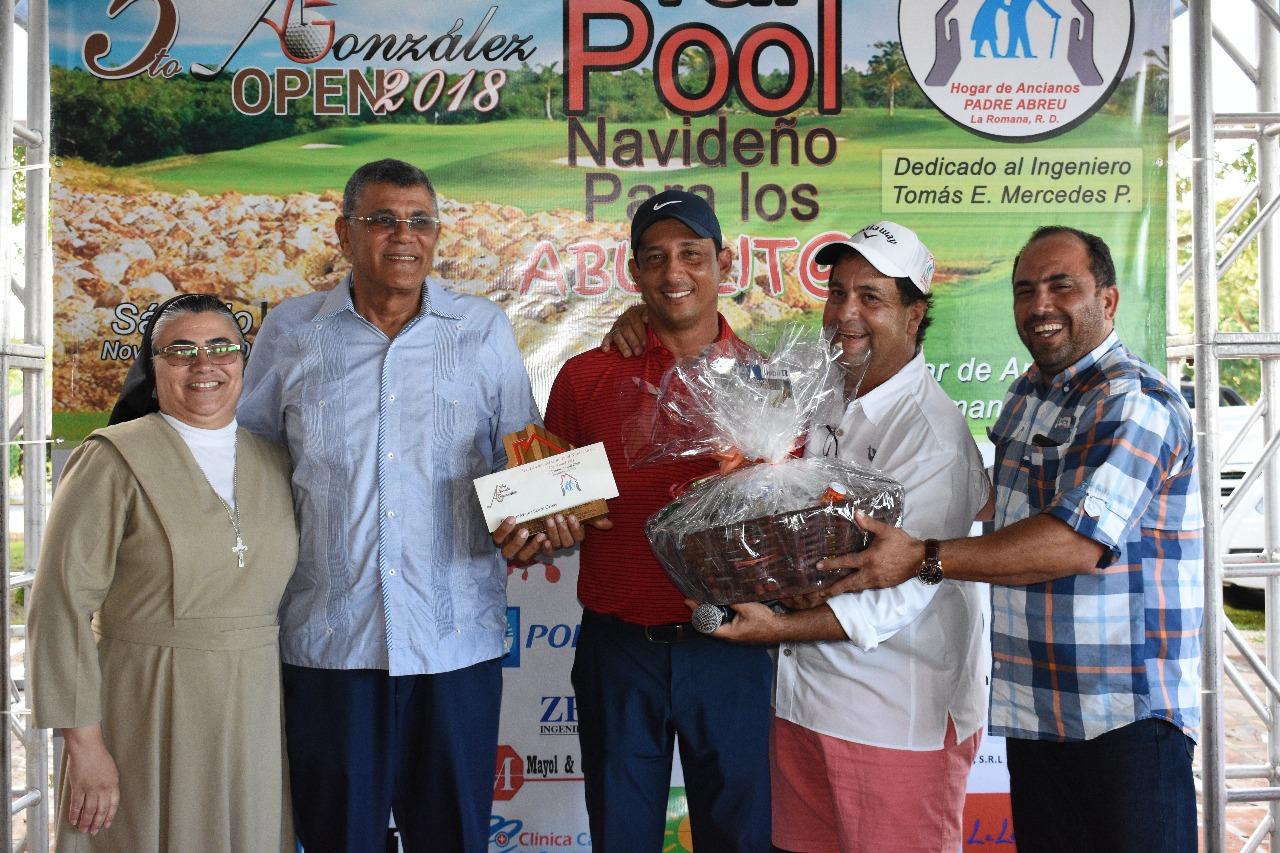 Realizan 5ta edición torneo de golf a beneficio Hogar Ancianos Padre Abreu