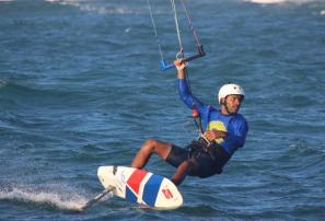 El atleta que chocó contra un tiburón en pleno entrenamiento