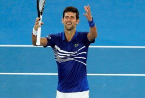 Novak Djokovic da un sólido primer paso en Australia