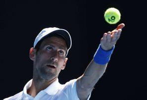Djokovic recupera la calma y vence a canadiense Shapovalov