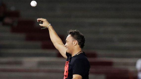 Roberto Alomar considera positivo el pacto entre MLB y Cuba