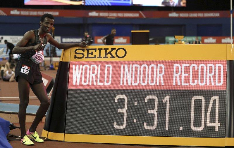Tefera establece récord mundial en 1.500 metros bajo techo