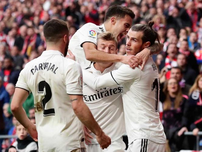 El Real Madrid se lleva un derbi marcado por la polémica