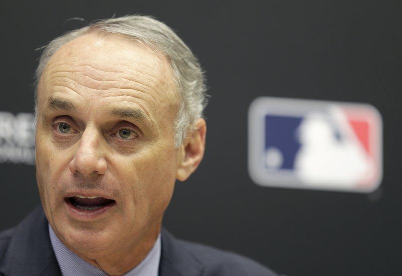 MLB ordena cronómetros para lanzamientos en pretemporada