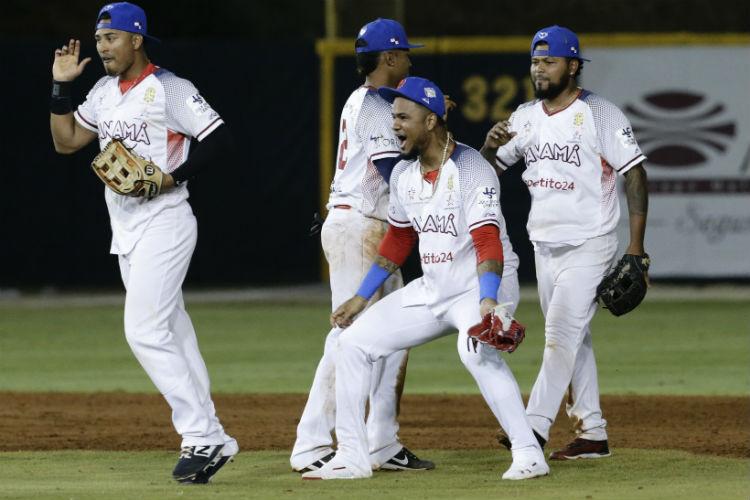 Panamá vence a Puerto Rico y deja fuera a las Estrellas Orientales
