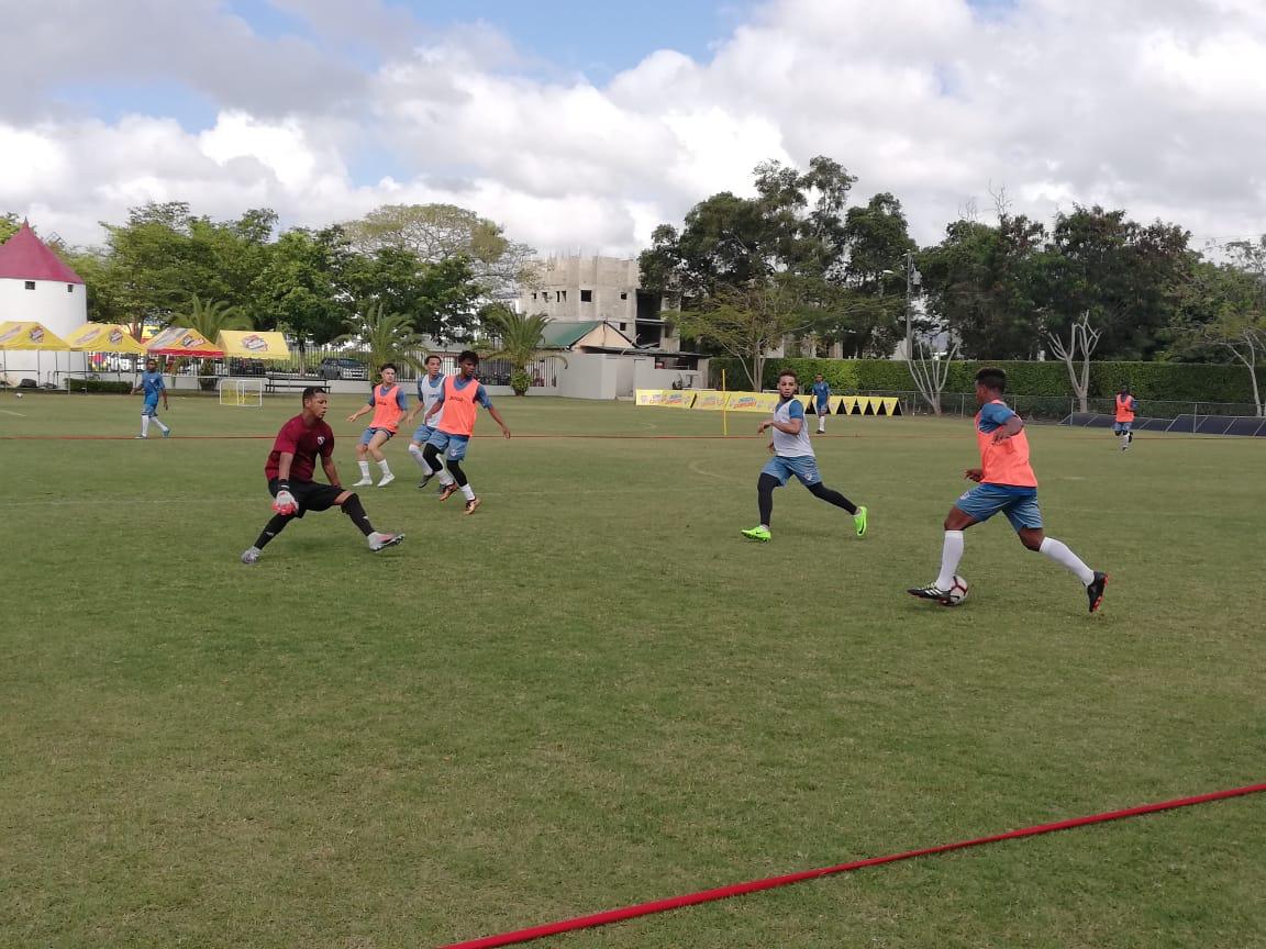 Selección de fútbol tendrá hoy un amistoso con el Cibao FC