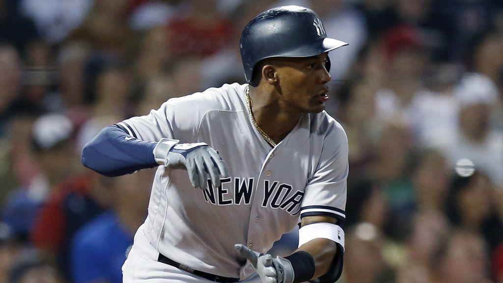 Miguel Andújar trabaja en mejorar su defensa para temporada con los Yankees