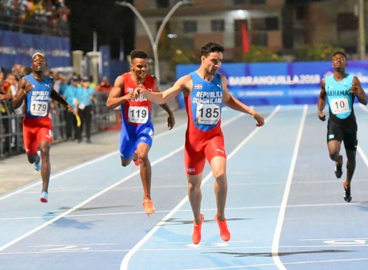 Luguelín Santos llega segundo en campeonato de atletismo en Francia