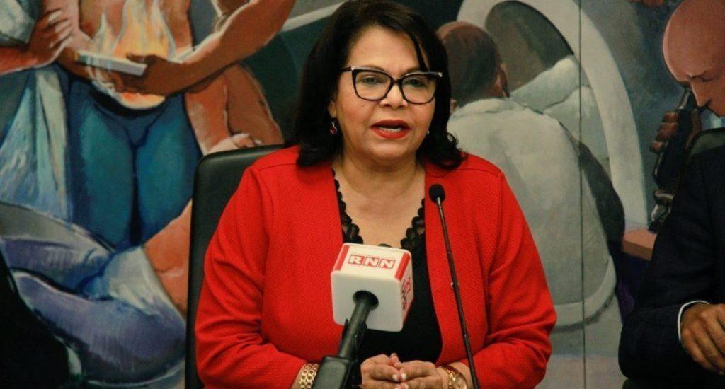 Torneo Nacional de Ajedrez Femenino es dedicado a rectora de la UASD