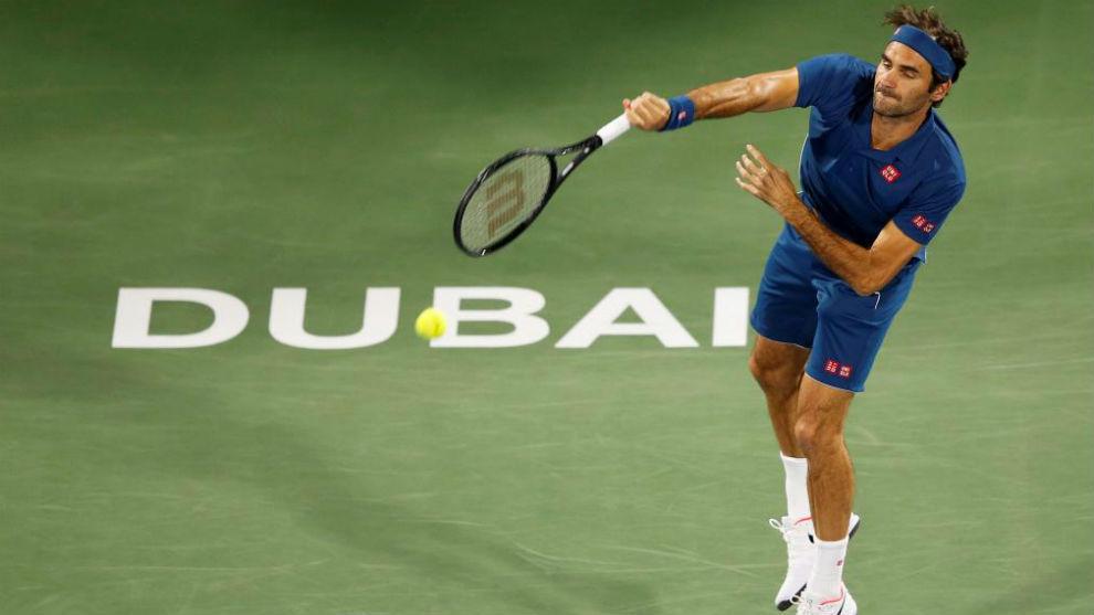Roger Federer superó a la lluvia para ganar en Dubai