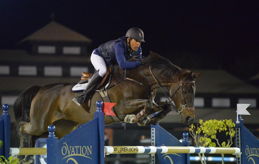 Jinete Héctor Florentino logra tercer lugar en Grand Prix Ecuestre