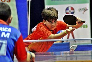 Shary Muñoz y Ramón Vila ganan invictos eliminatorias infantil tenis de mesa