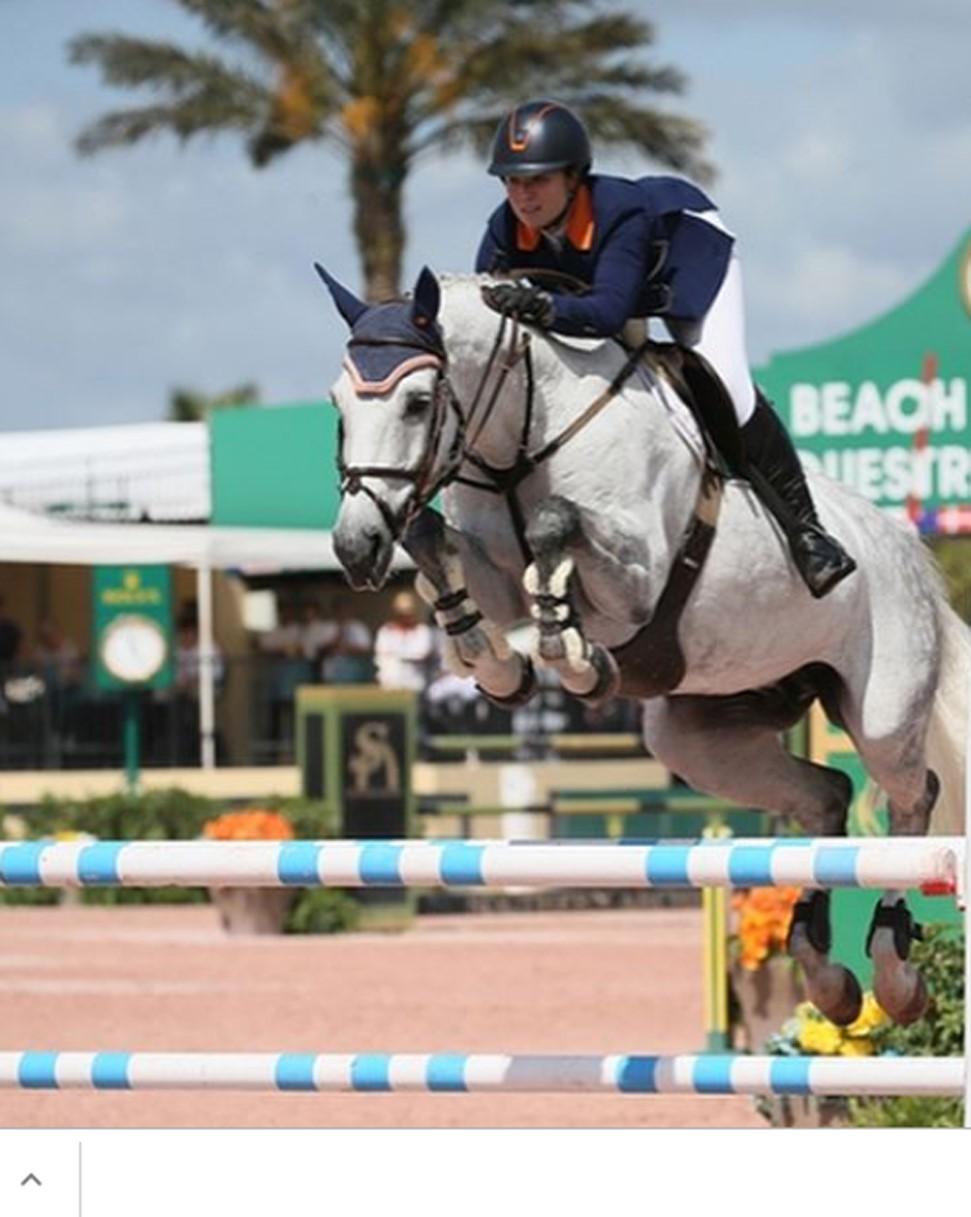 María Gabriela Brugal, séptimo lugar overall en el Equestrian Festival