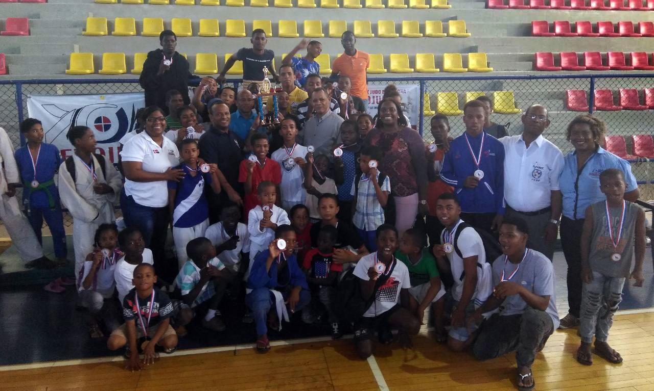 Asociación de Barahona ocupa primer lugar I Copa Regional de Judo