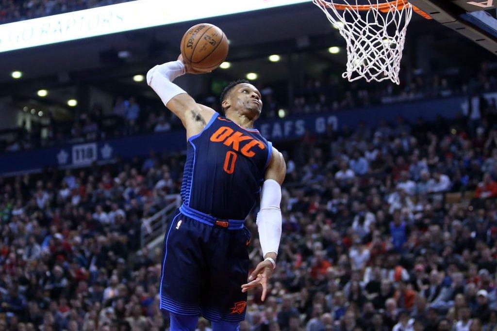 Westbrook promedia triple-doble por tercera temporada seguida en la NBA