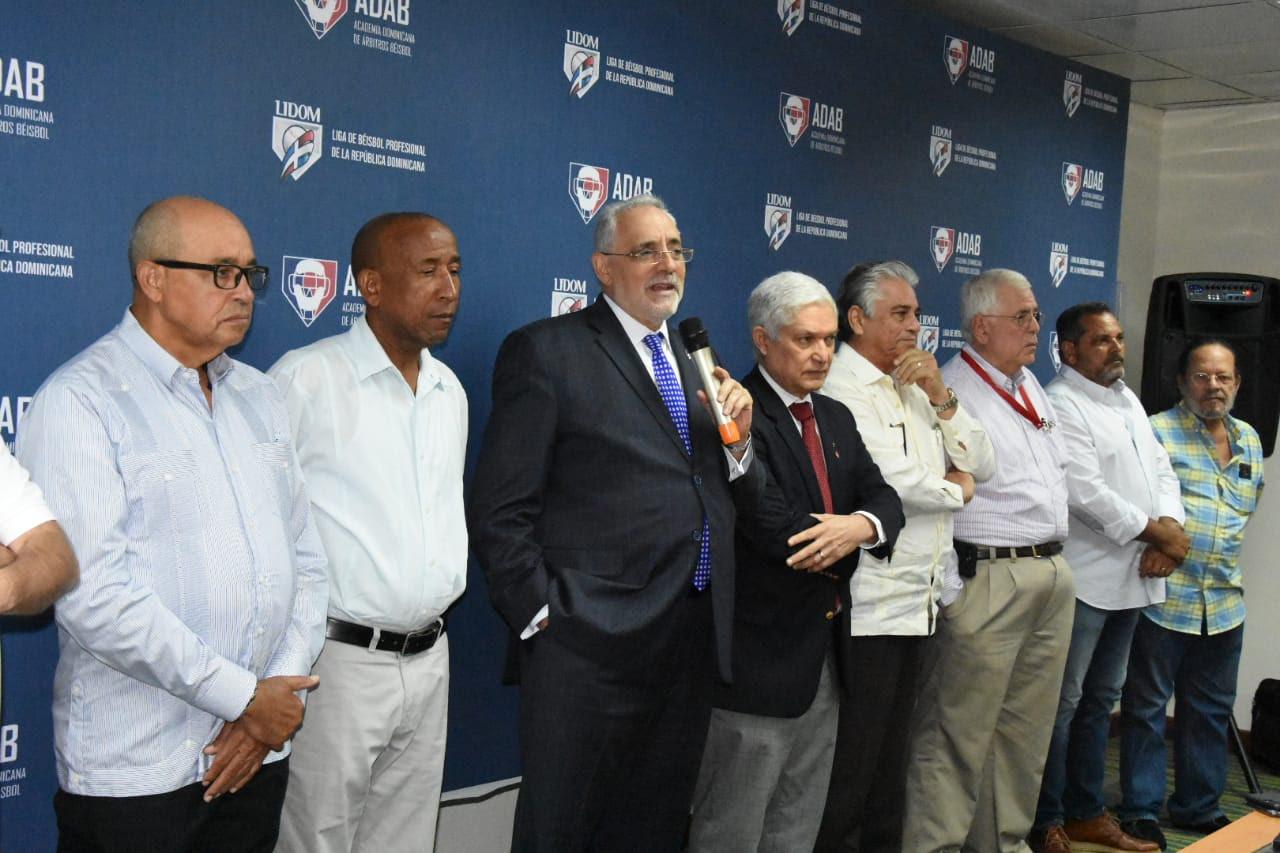 Arrancaron las clases en la Academia Dominicana de Árbitros de Béisbol