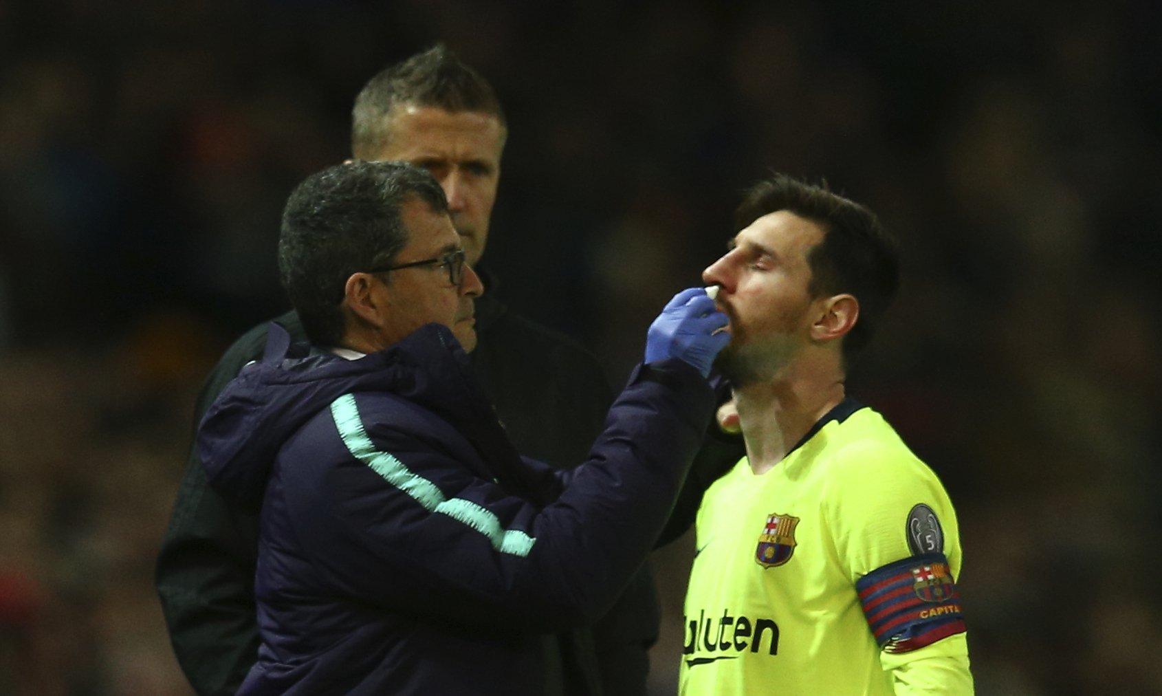Messi sangra, pero el Barcelona logra la victoria