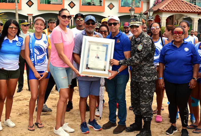 Faiting e Inapa-1 avanzan por cuarto lugar en voleibol playero Rubén Toyota
