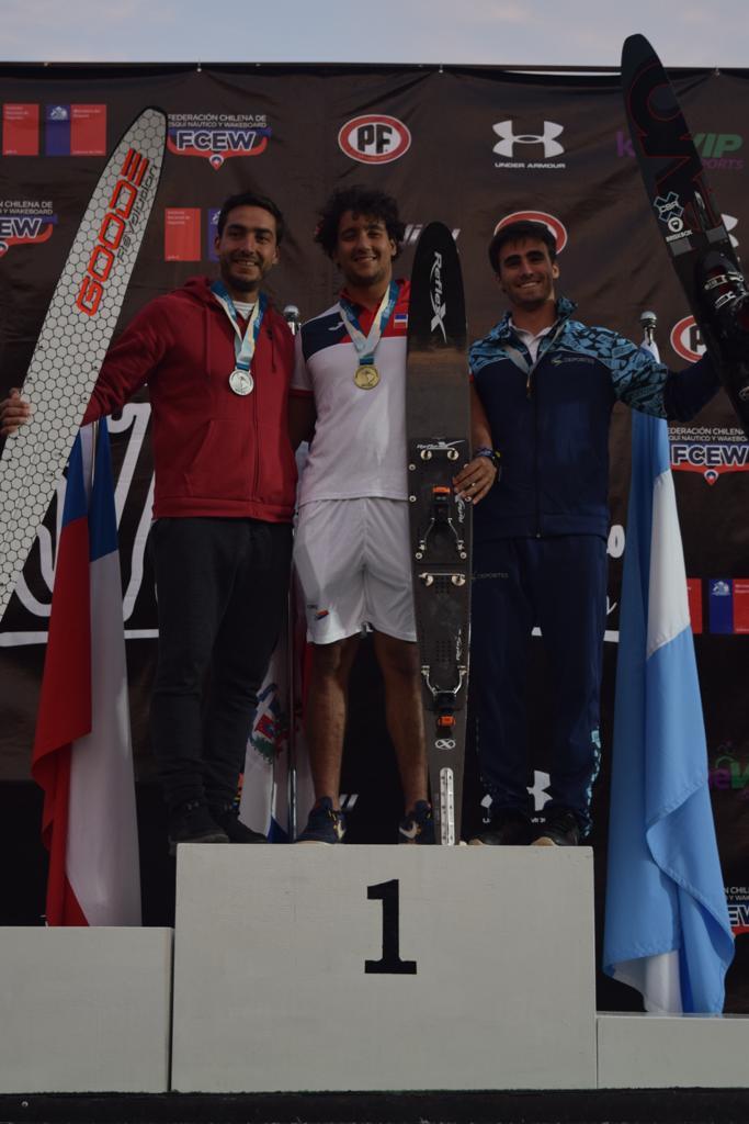 Hermanos Pigozzi triunfan en Latinoamericano de Esquí Náutico
