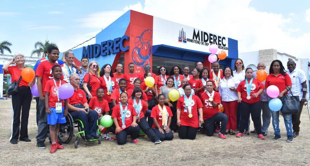Miderec reconoce a Olimpiadas Especiales y Atletas Paralímpicos en Feria del Libro