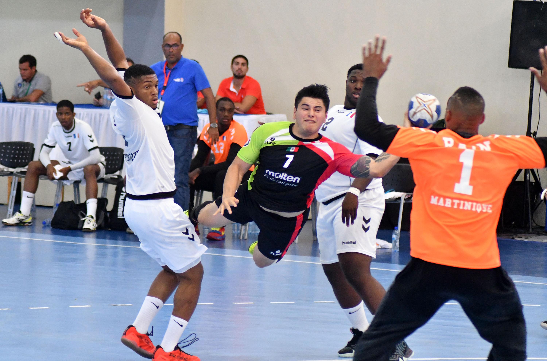 Martinica sigue invicta, 2-0 en el Grupo B