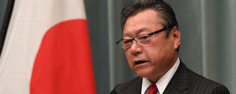 Dimite ministro nipón para JJOO tras continuados deslices verbales