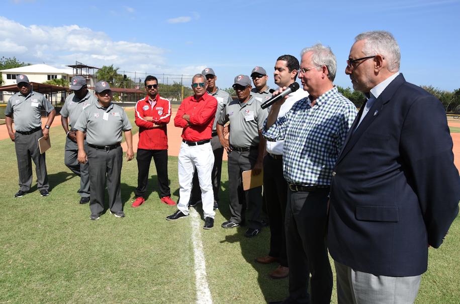 Pérez, de MLB, respalda Academia Dominicana de Árbitros de Béisbol
