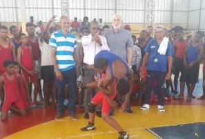 Lucha realiza torneo triangular en Elías Piña con 90 atletas de varias asociaciones